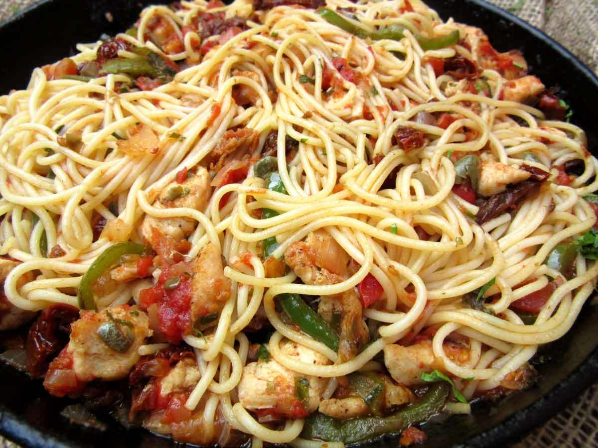 Spaghetti With Capers Chicken And Sun Dried Tomatoes