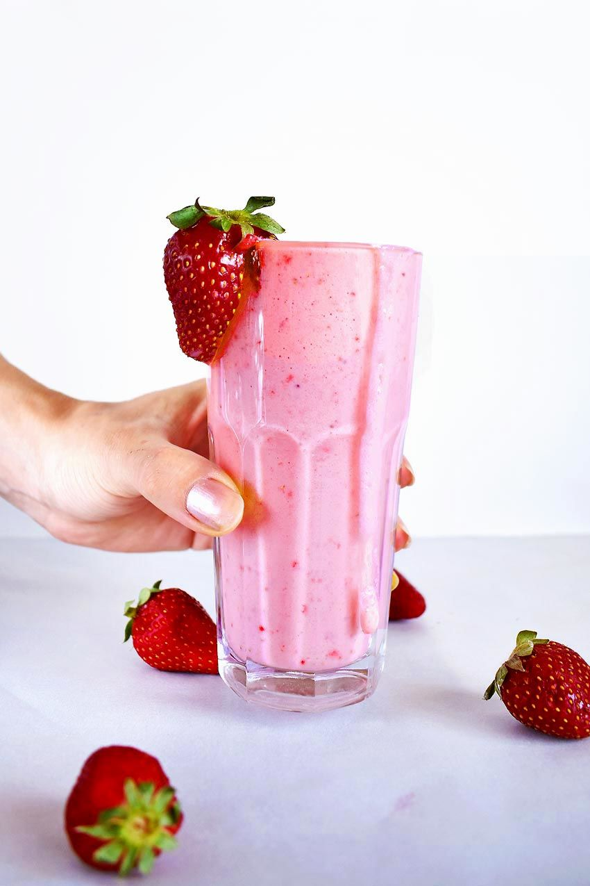 Healthy Strawberry Smoothie With Greek Yogurt Sugar Free Real Greek Recipes