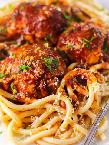 Chicken In Tomato Sauce With Pasta