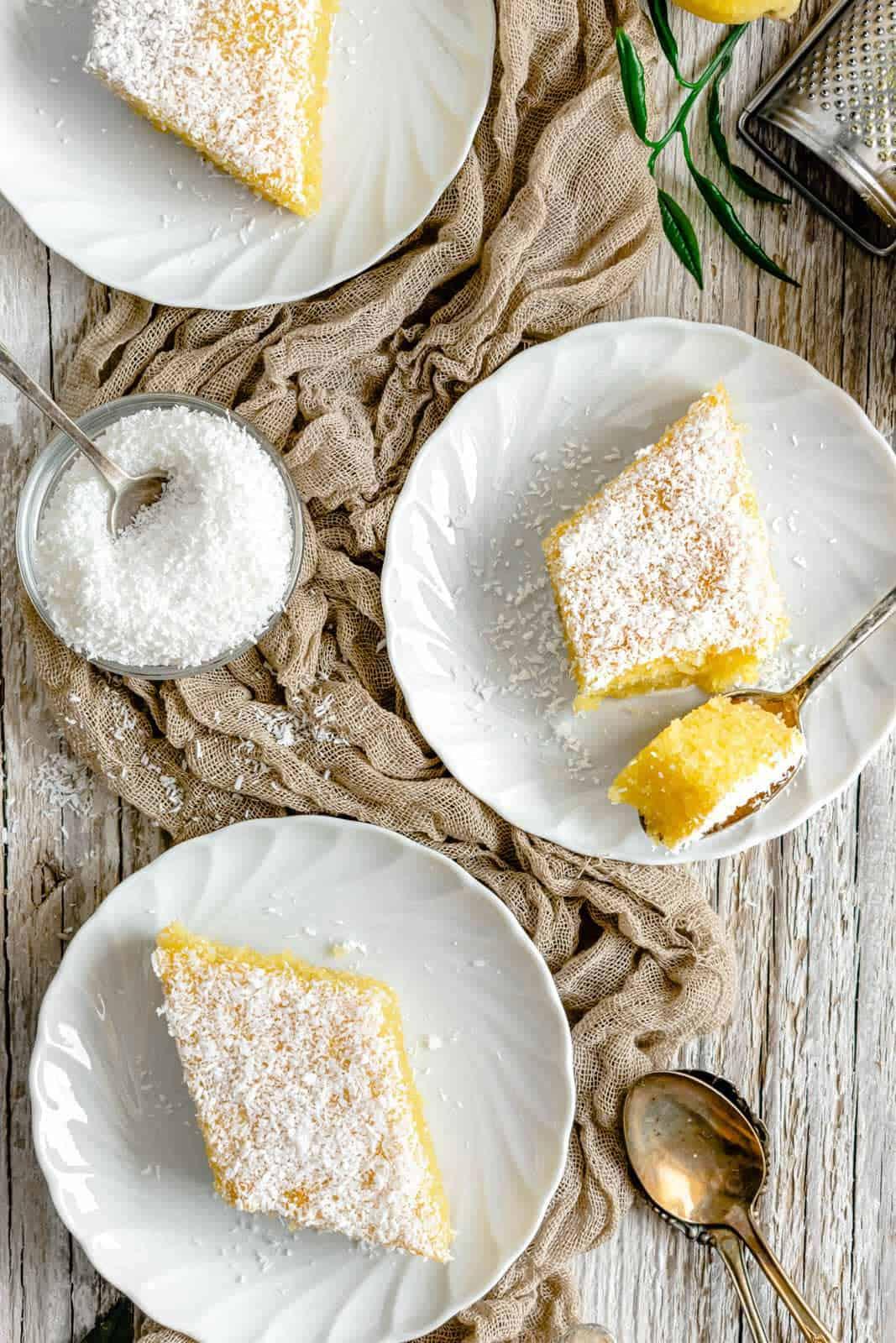 Semolina-Coconut-Cake