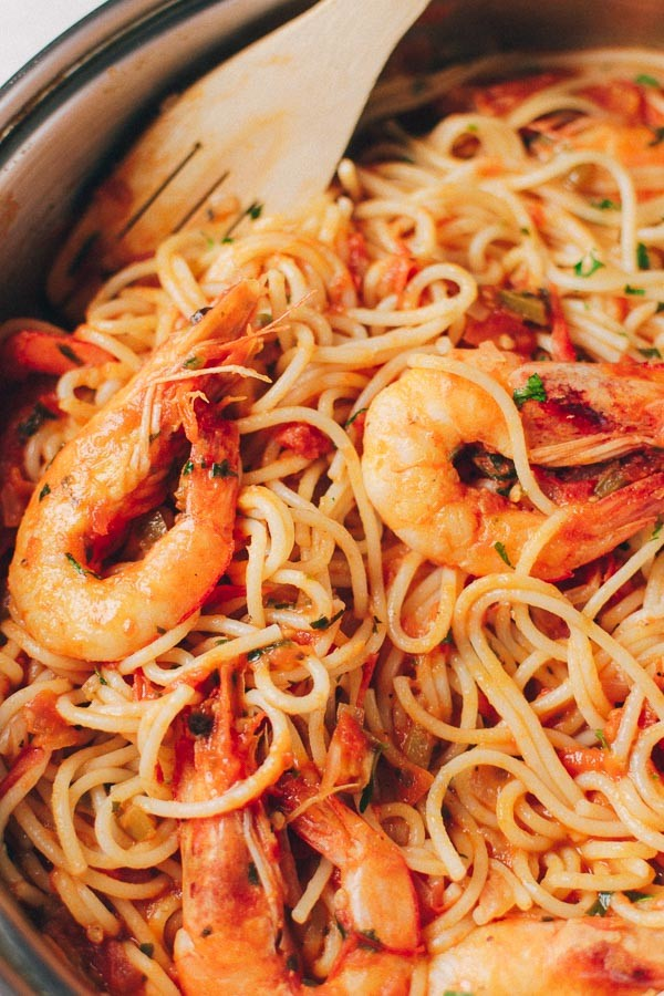 Greek Shrimp Pasta With Tomato Sauce