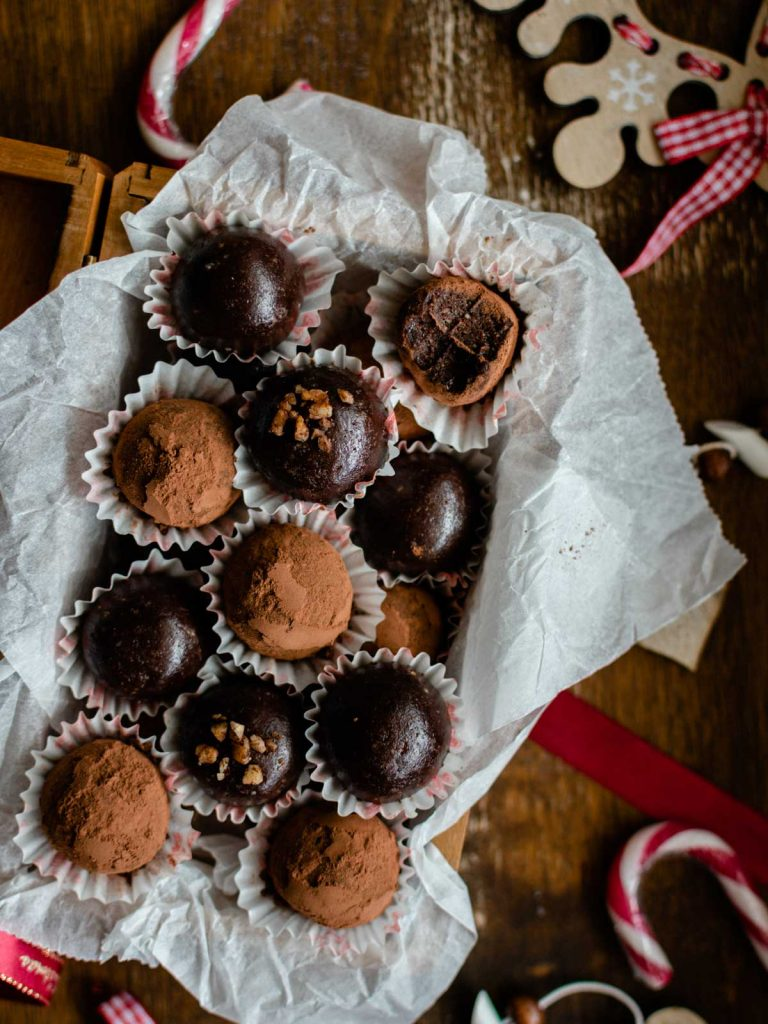 3 Ingredient Truffles With Cocoa