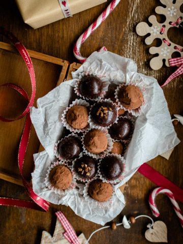 Easy-Christmas-Truffles-Recipe
